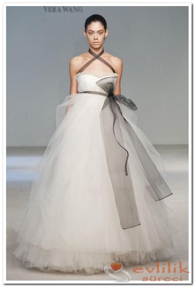 Vera Wang Kurdeleli Modelleri