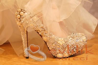 İhtişamlı Gelin Ayakkabı Modeli