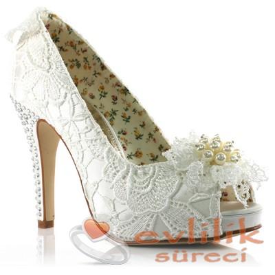 Süslemeli Gelin Ayakkabı Modeli