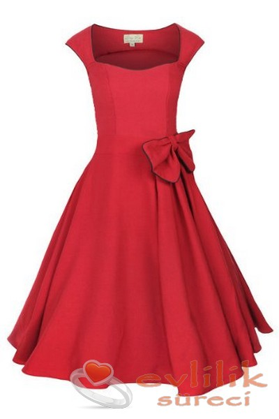 Özel günleriniz için çok güzel elbise modelleri