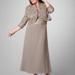 Bolerolu çok zarif kilolular için elbise modeli