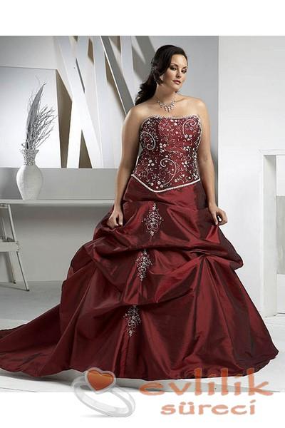 Kilolular için en şık nikah elbise modelleri