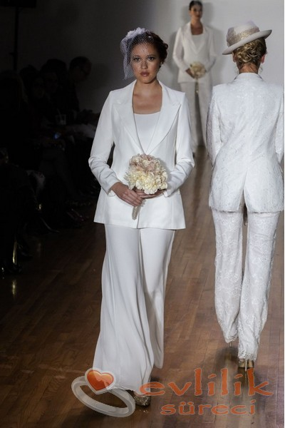 2015 En Güzel Pantolonlu Gelinlik Modelleri