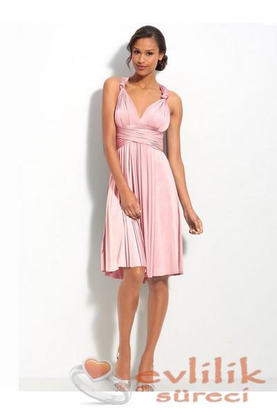 Askılı kollu yaz için çok zarif elbise abiye modeli