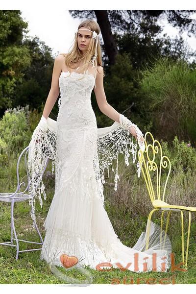 Kır Düğünü İçin En Güzel Bohem Tarzı Gelinlik Modelleri