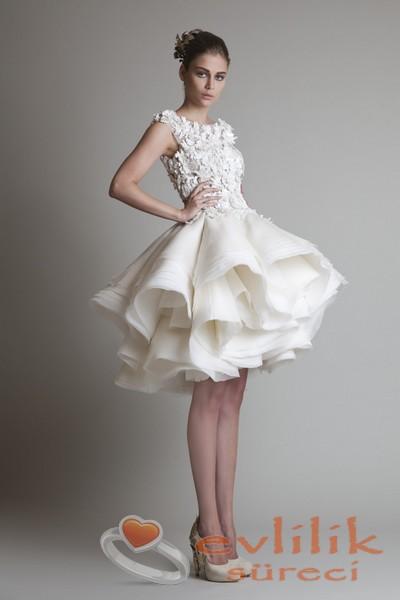 Yat düğünleri için en güzel çılgın gelinlik modelleri 2015Yat düğünleri için en güzel çılgın gelinlik modelleri 2015