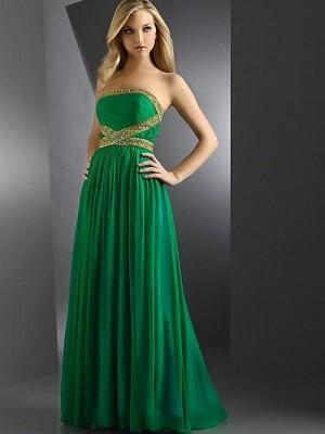 En Güzel Nişan İçin Yeşil Renkli Abiye Modelleri