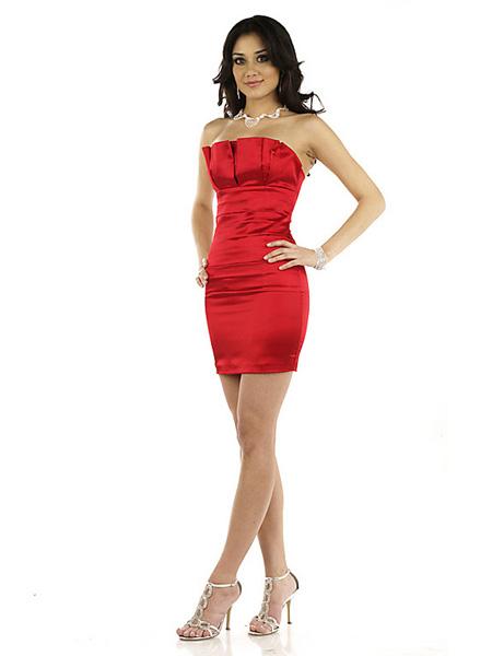 Kırmızı renkli abiye elbise modeli 2015