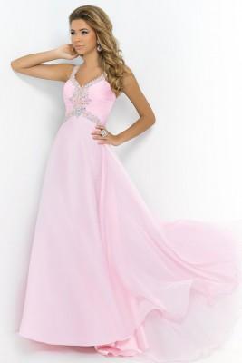 Uçuşan Kumaşlı Pembe Nişan Elbise Modelleri
