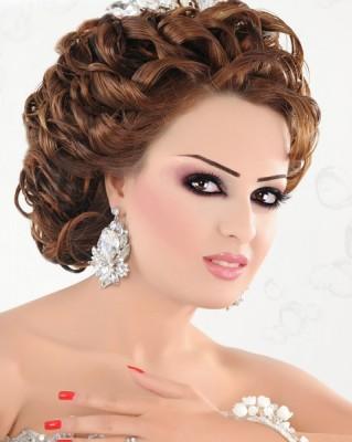 En Moda Gelin Saç Modelleri