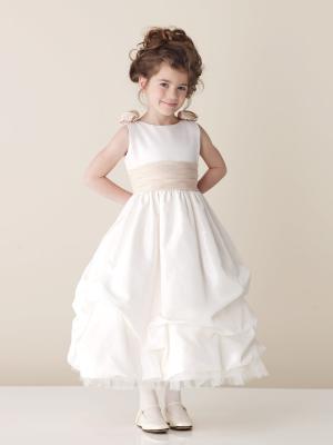 En Şirin Çocuk Gelinilik Modelleri 2016En Şirin Çocuk Gelinilik Modelleri 2016