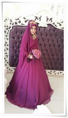 En Zarif Tesettür Nişan Elbise Modelleri