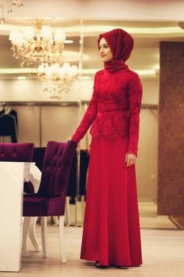 Kırmızı Güpürlü Sade Zarif Tesettür Nişanlık Modelleri