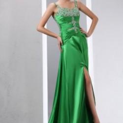En Şık Yeşil Nikah Elbise Modeli