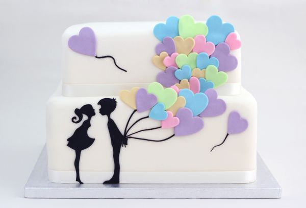 En Renkli Nişan Pastası Modeli