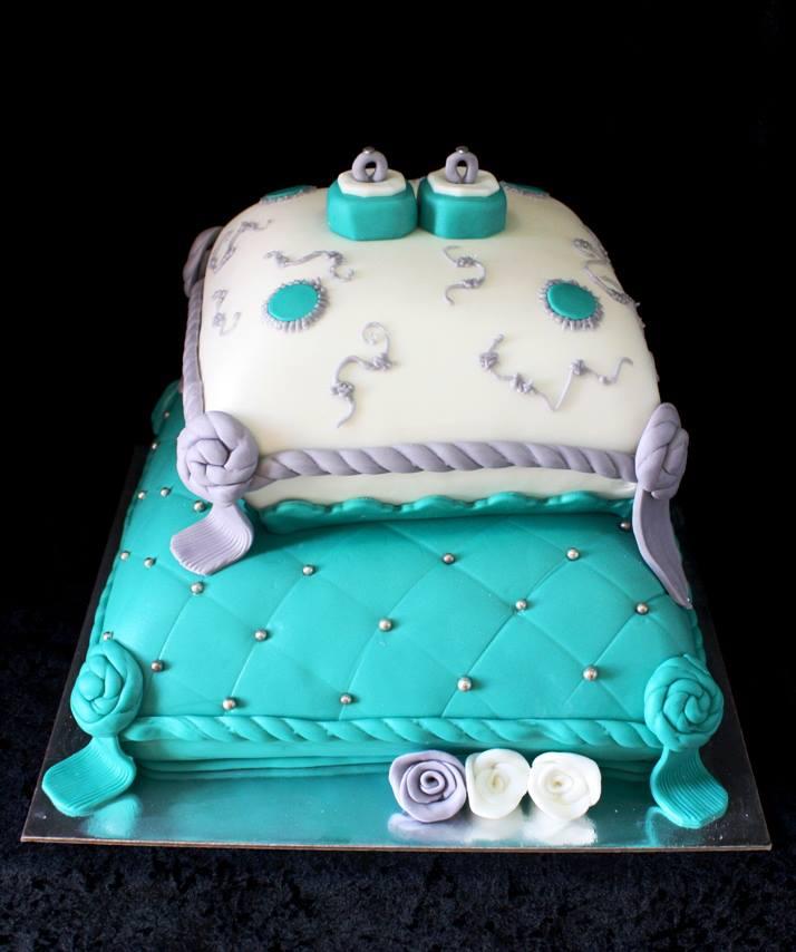 Nişan Pastasının En Güzel Modelleri