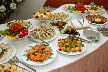 Çok Çeşitli Yemekli Düğün Menüsü