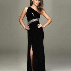 Tek Omuzdan Askılı Yırtmaçlı Söz Elbise Modelleri
