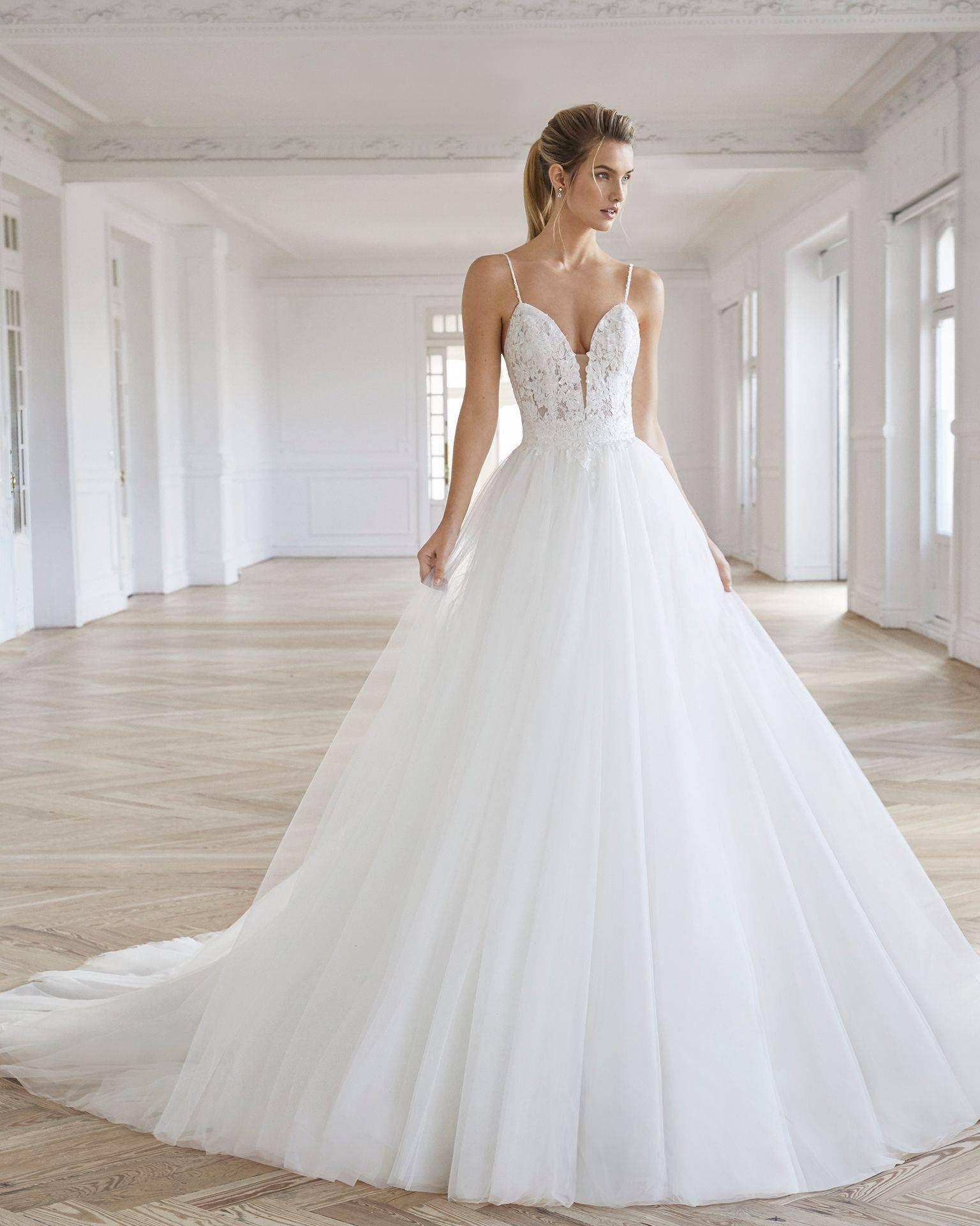 En Şık Prenses Gelinlik Modelleri 2019