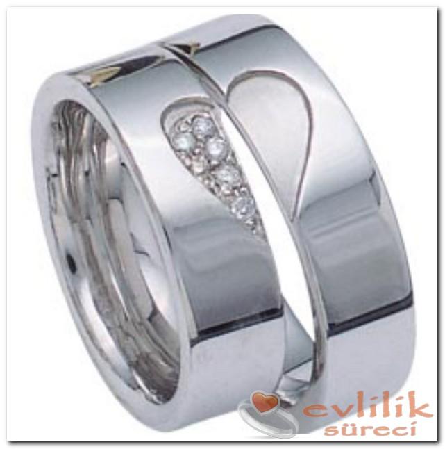 Söz Yüzüğü Hayatınızın En Özel Anını İfade Eder