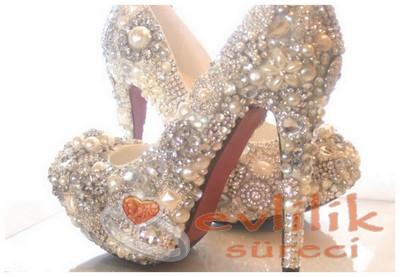 Gösterişli Gelin Ayakkabı Modeli