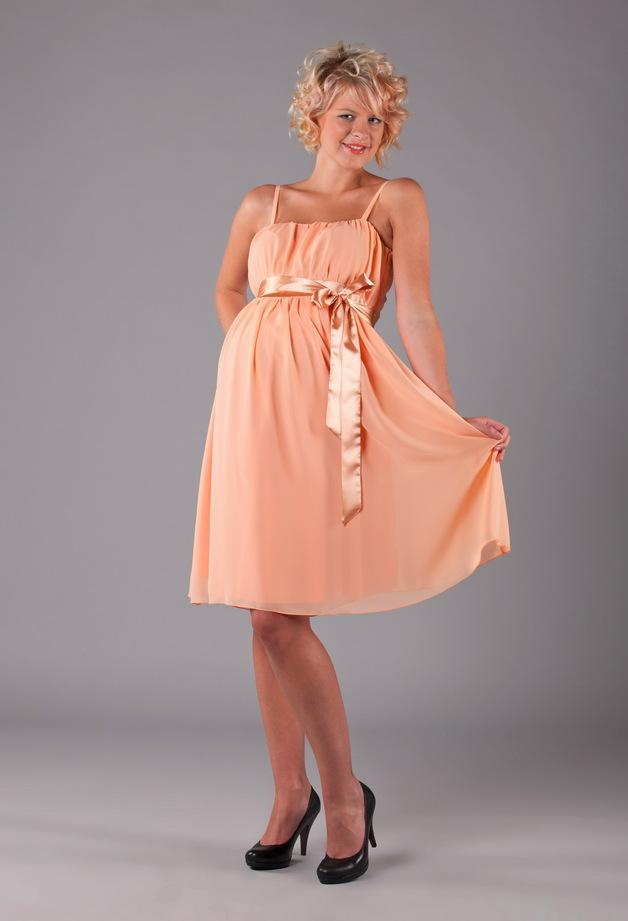 Kısa boylular için nikah elbise modelleri
