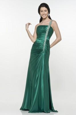 En Hoş Yeşil Renkli Nişan Abiye Modelleri
