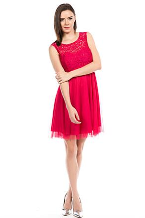 Dantel İşlemeli Kırmızı Renkli Kısa Abiye Elbise Modeli