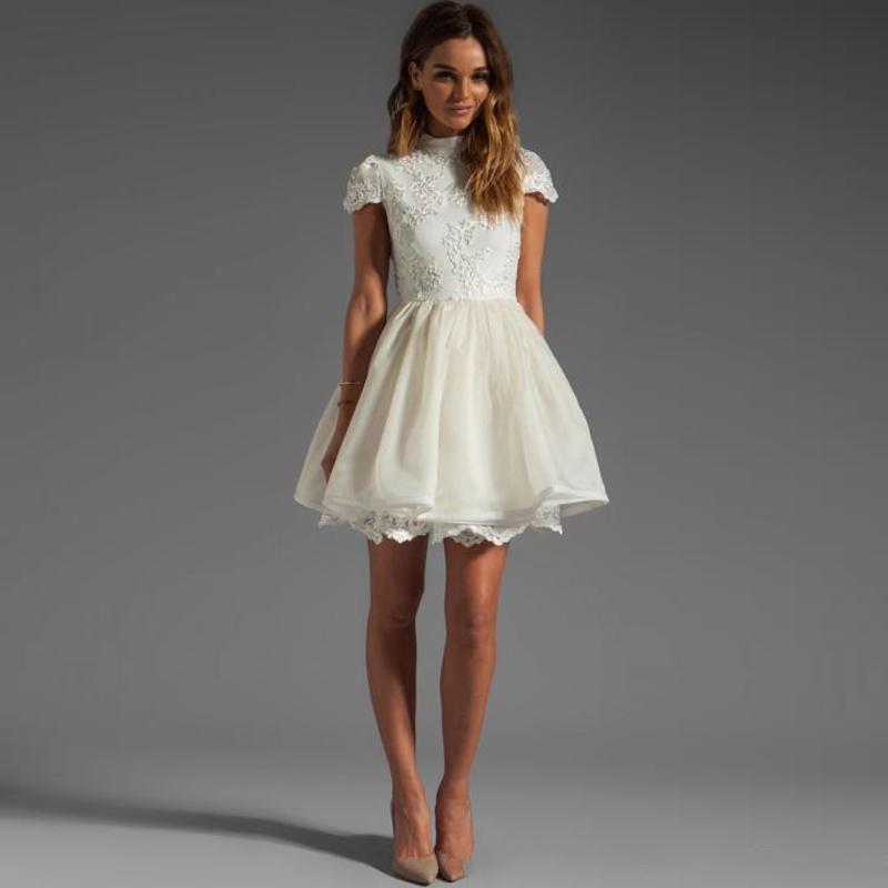 Beyaz Renkli Söz Elbiseleri