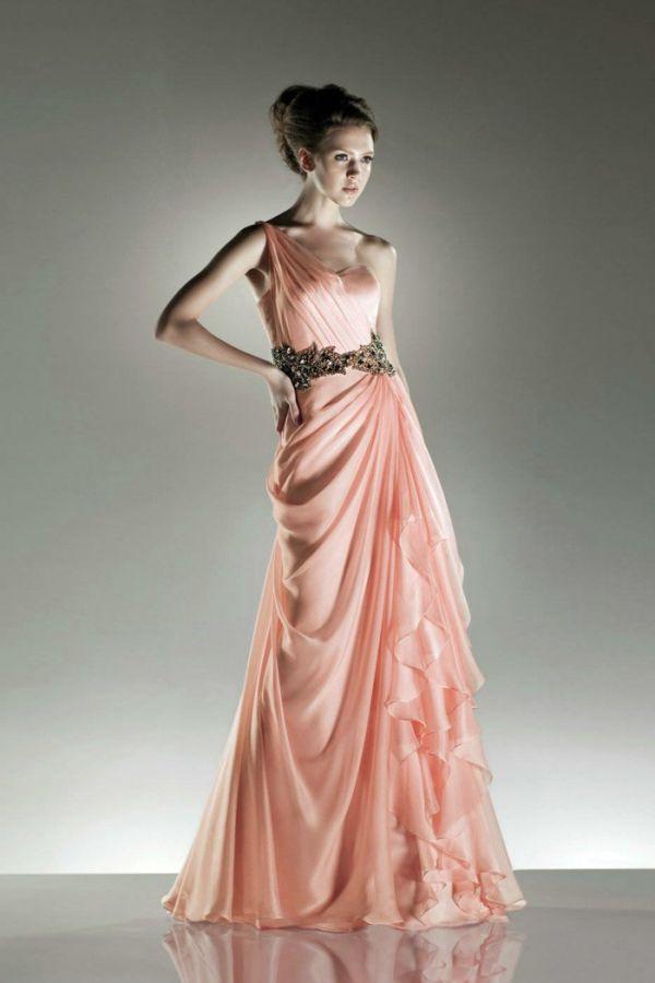 Kemer Detaylı Oldukça Şık Söz Elbise Modelleri